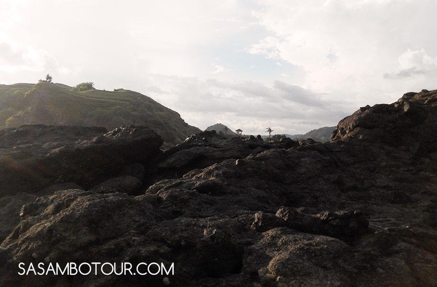 Bukit Pantai batu Tengkong