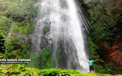 Pesona 8 Air Terjun di Lombok