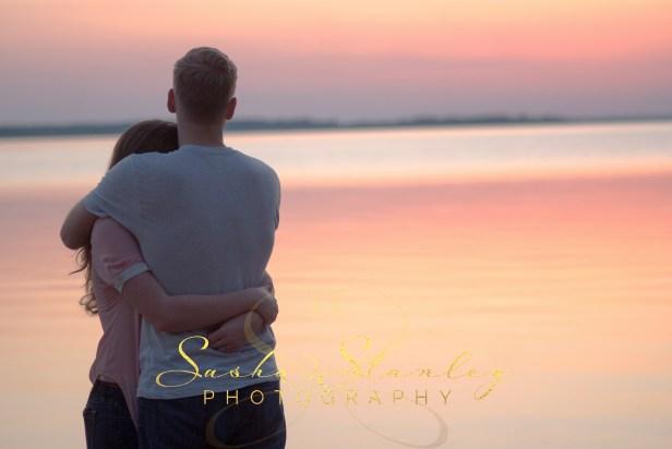 Atlanta Texas : Engagement Session : Sasha Stanley Photography : Sunset Atlanta State Park : Wedding Photography
