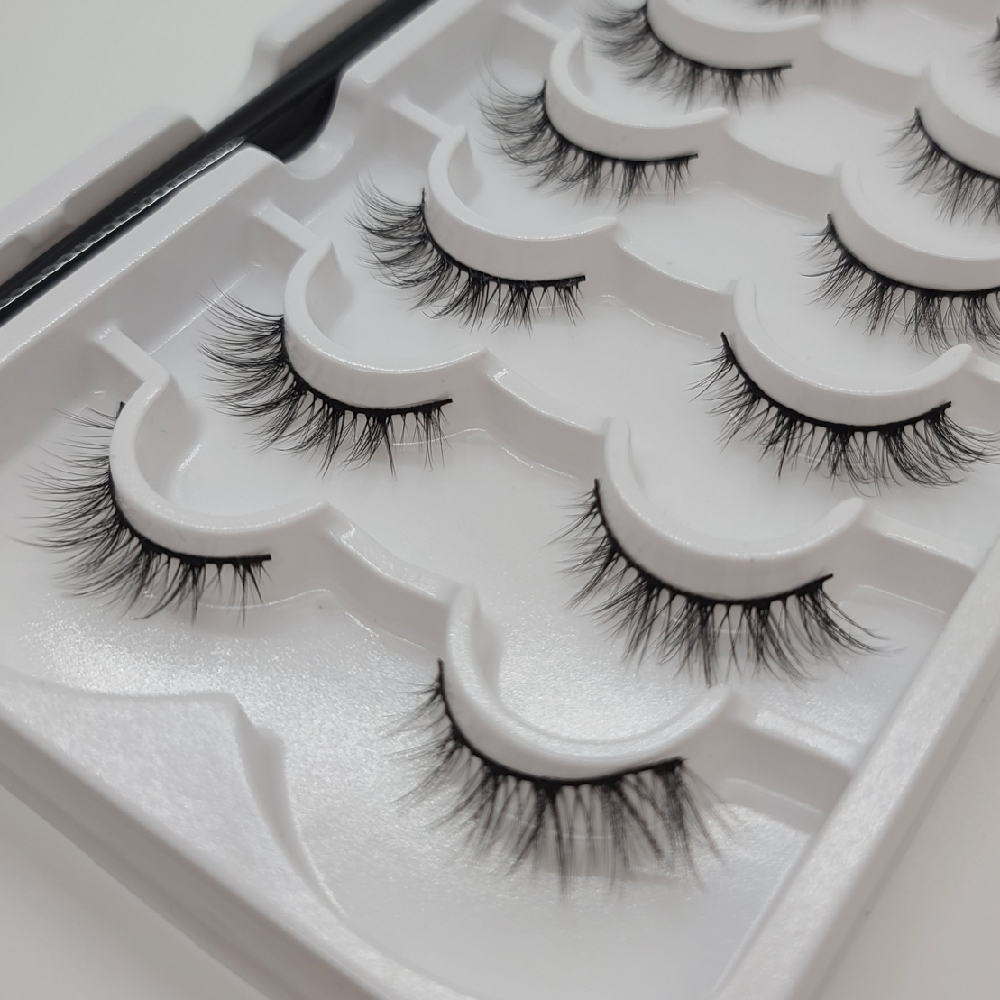 Magnetic Eyelashes Set with Magnetic Liner – Sask Beauty Supply#2031
