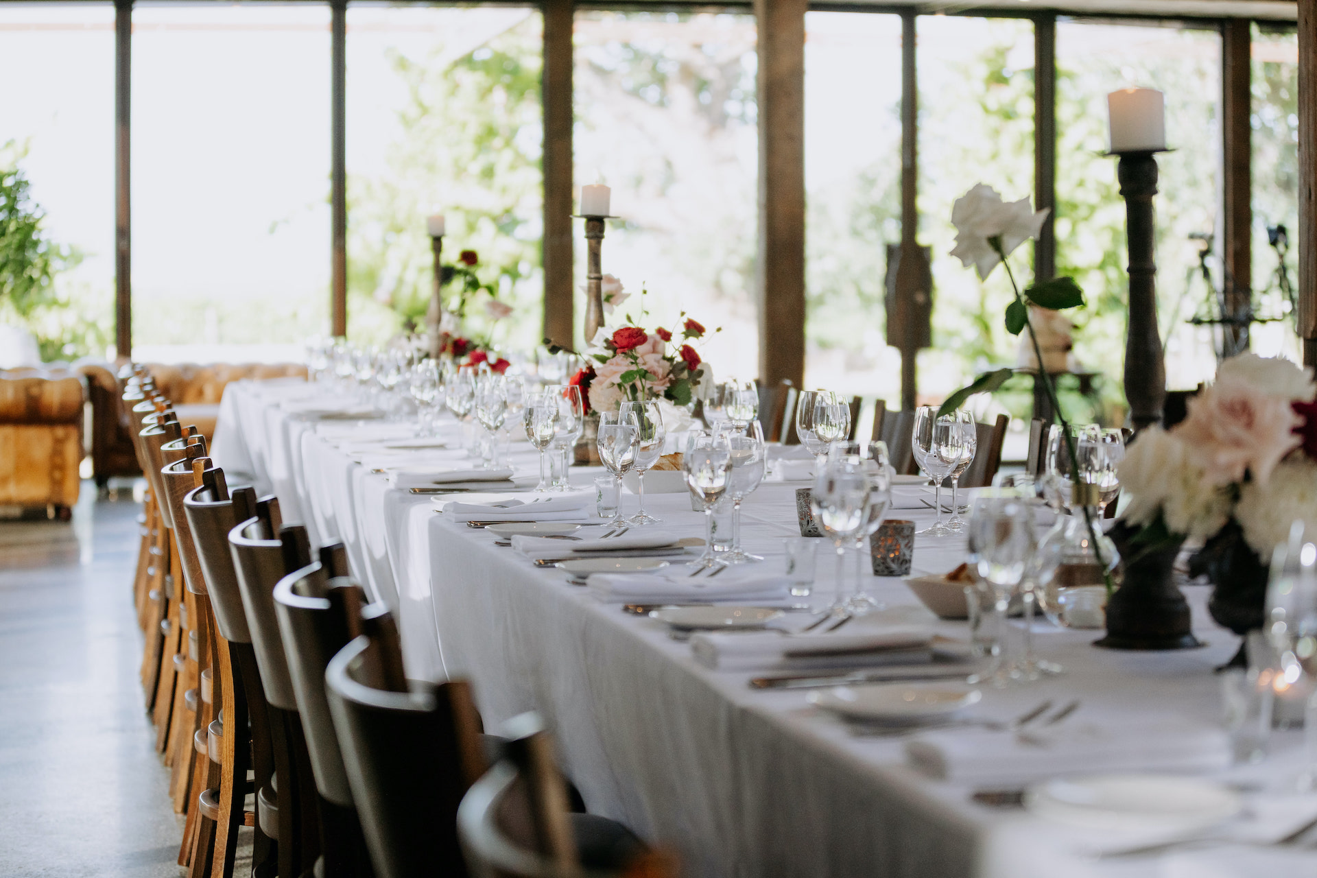 A foam free design wedding with modern wedding tablescape styling for a Stones wedding in the Yarra Valley.