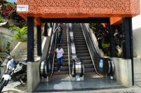 Las escaleras eléctricas, the escalators to the high parts of Comuna 13