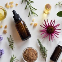 5 Essential Oils Every Woman Should Own