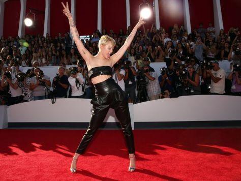 Miley Cyrus MTV VMA Awards 2014 Red Carpet