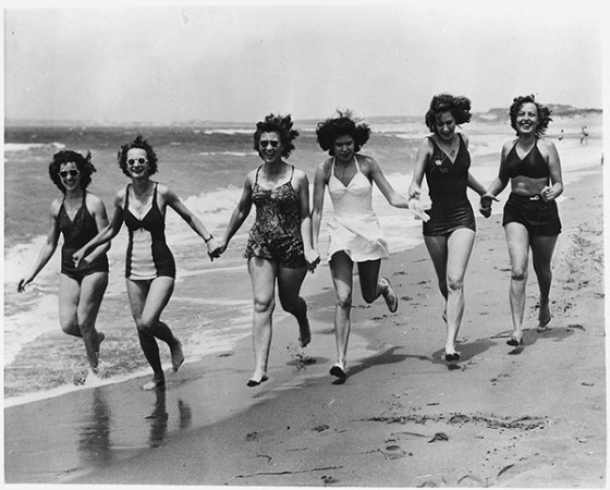 bathing-suits-vintage-small