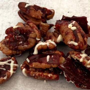 Red Velvet Cake Toffee Krunchies