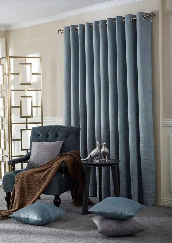 choose the right pair of curtains