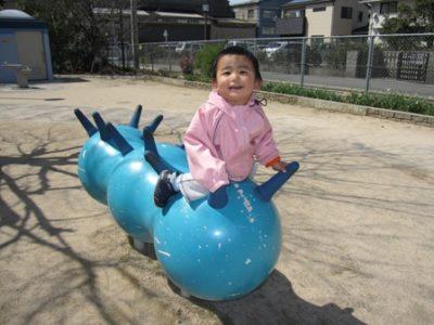 南本町公園で遊ぶ息子
