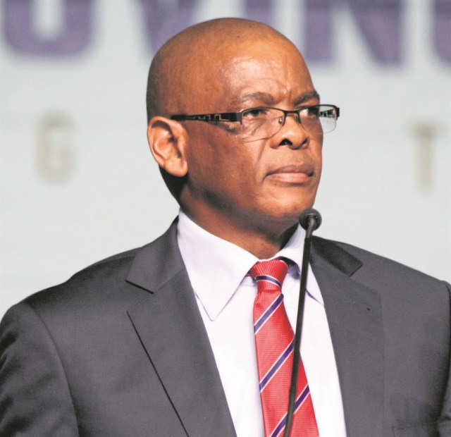Earlier on Thursday, a motorcade of supporters gathered at the Grasmere Toll Plaza, driving slowly to the CBD to deliver a memorandum of grievances in relation to how Ace Magashule was being treated.