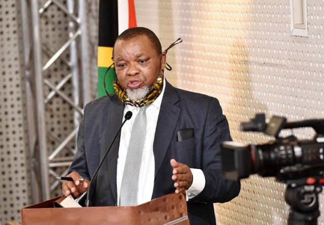 SA energy mafia? Accusations against Gwede Mantashe are serious and could hurt entire South Africa