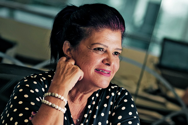 Customer Centric Heroes - Luiza Trajano - Satisfação de Clientes - Tracksale