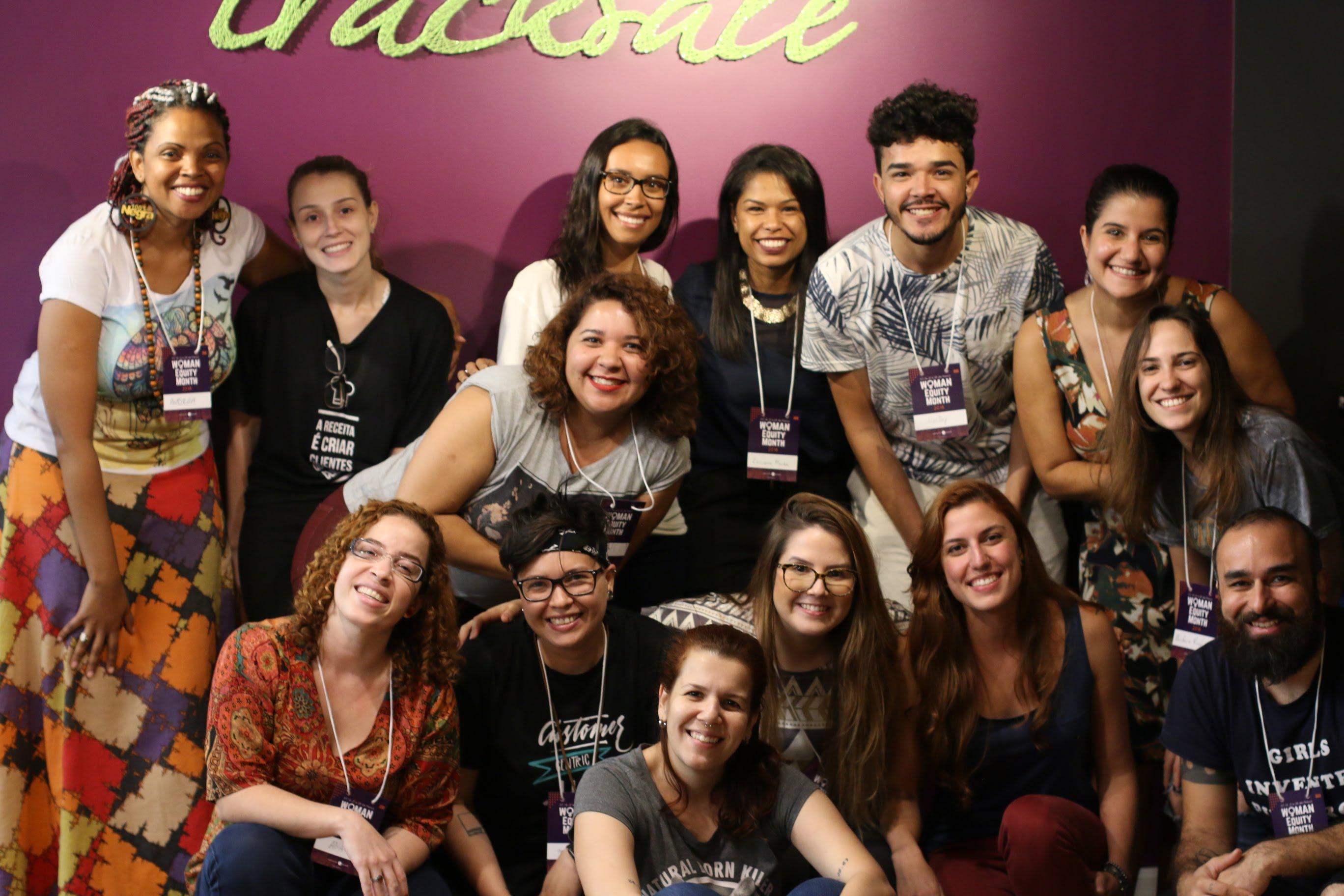 a mulher em cargos de liderança - terceiro meetup - satisfação de clientes - tracksale