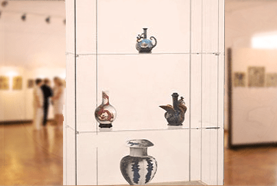 Профессиональная вертикальная четырёхгранная прямоугольная музейная витрина полного обзора