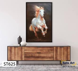 Vẽ tranh ngựa theo yêu cầu