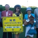 中山競馬場の表彰式のおねーちゃんがめっちゃかわいい
