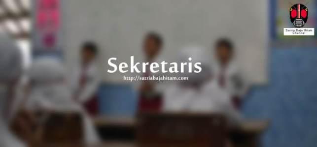 struktur organisasi kelas kreatif sekretaris