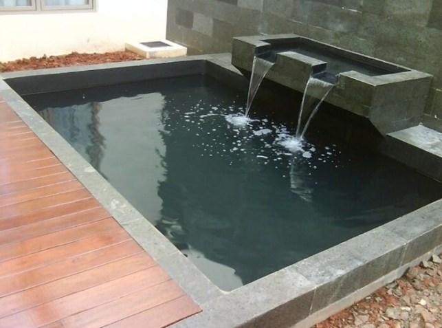 desain kolam ikan depan rumah