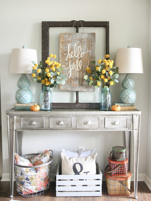 Creative Rustic Display for Fall - i.ibbco