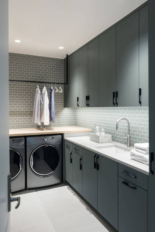 Modern Laundry Room Ideas with Subway Tile - pinterestcom