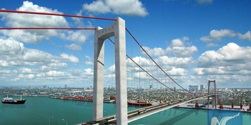 Some traffic lanes open on new Maputo bridge