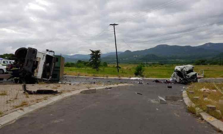Seven killed in horror truck vs taxi crash near Nelspruit