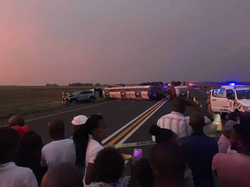 WATCH: 11 Dead, 8 injured in horrific Villiers crash on N3