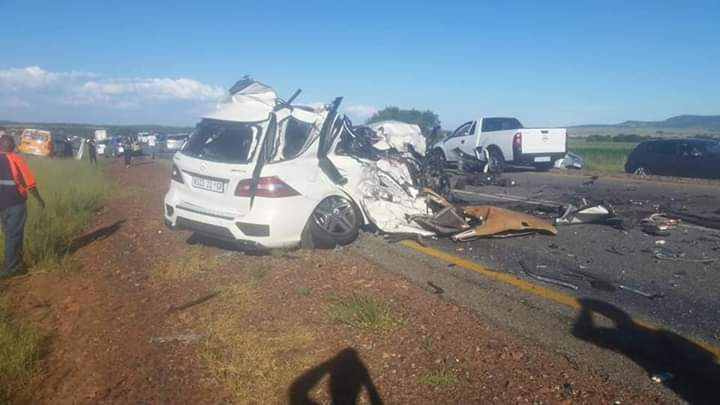 eldo coaches bus crash on n12