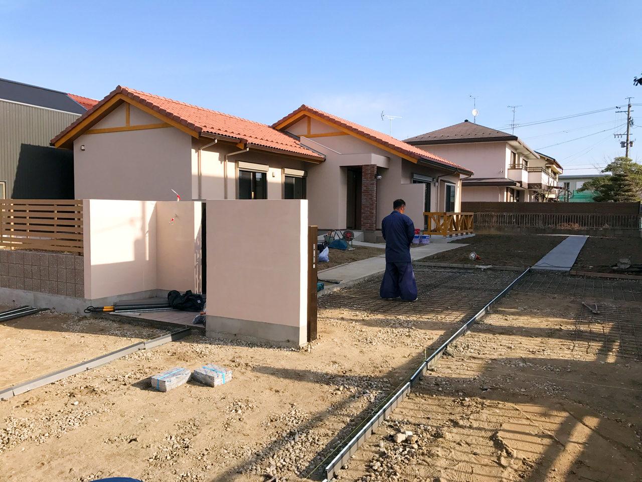 設計・デザインをさせていただいた木造平屋建てバリアフリー住宅の外構工事