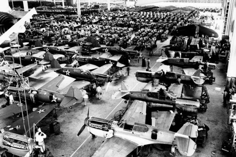 sejarah teknik assembly line di perang dunia II