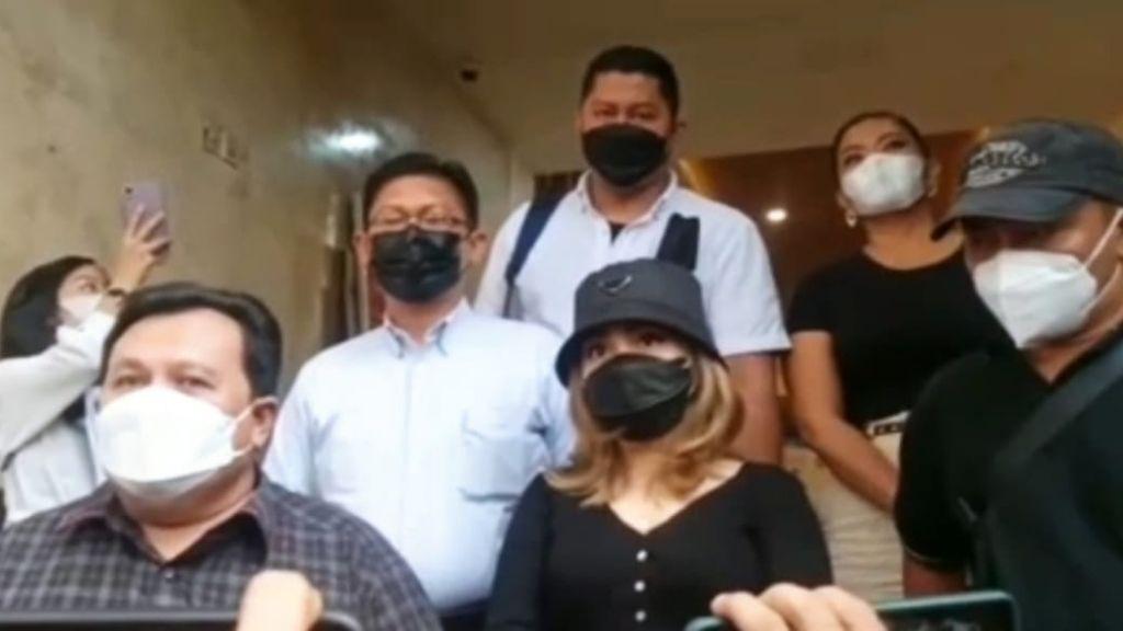 Ayu Ting Ting Dicecar 15 Pertanyaan Oleh Penyidik Polda Metro Jaya