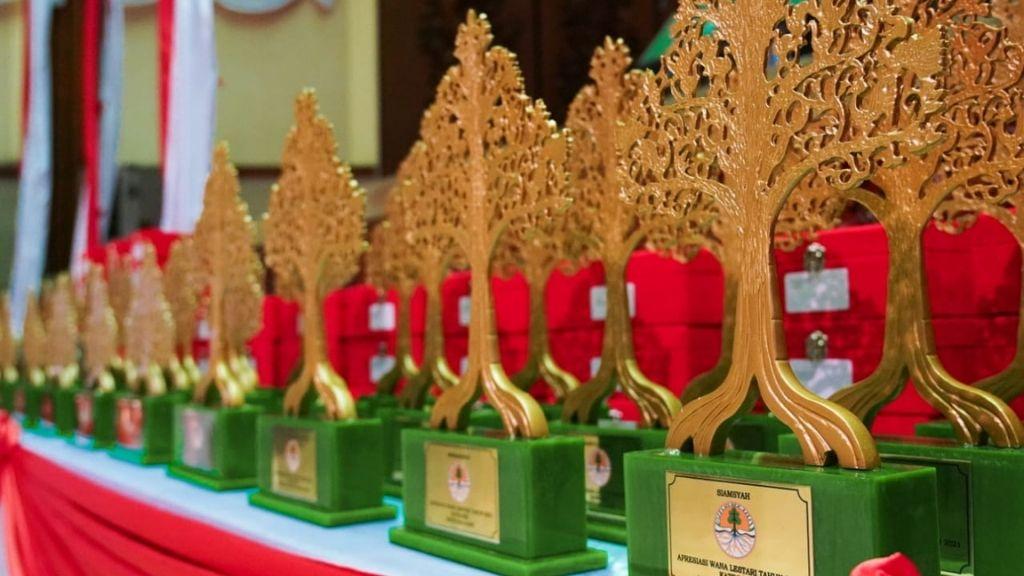 KLHK Berikan Penghargaan Lomba dan Apresiasi Teladan Wana Lestari