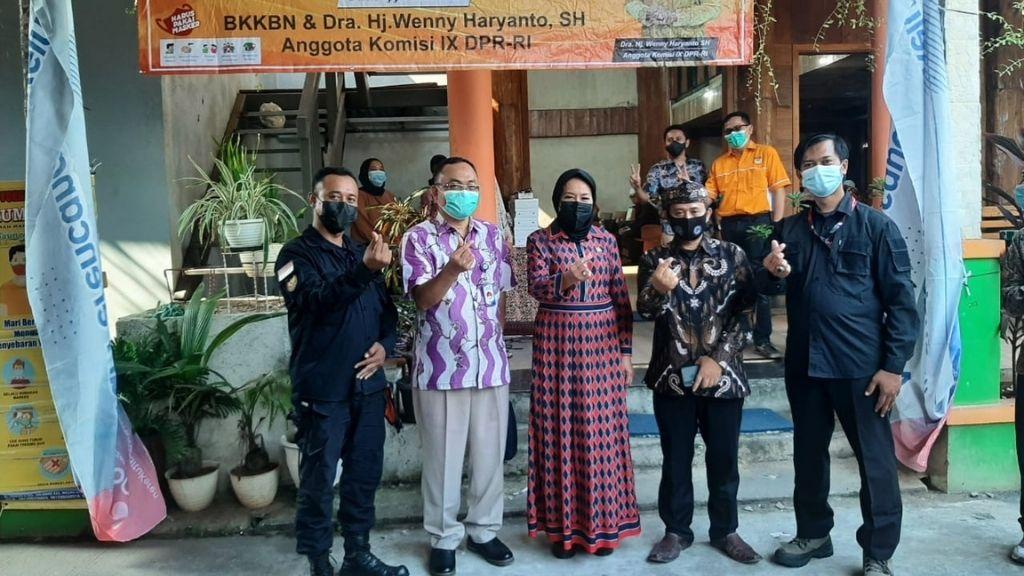 BKKBN Sosialisasi Pendataan Keluarga Bersama Wenny Haryanto