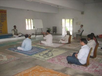 20170215we2126-satya-bodh-ashram-practice-of-meditation-003