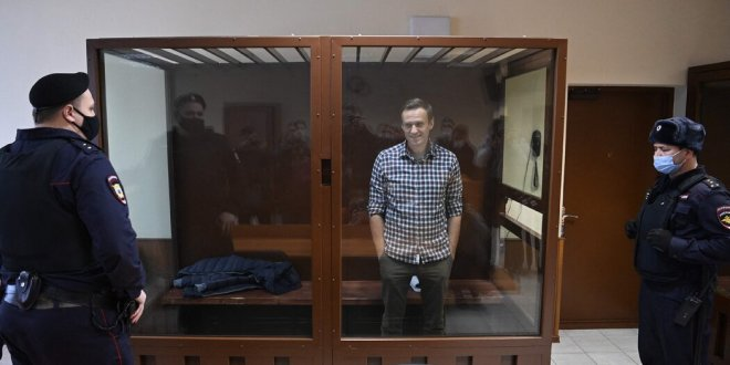 Aleksei Navalny Russian Opposition Leader Ends Hunger Strike