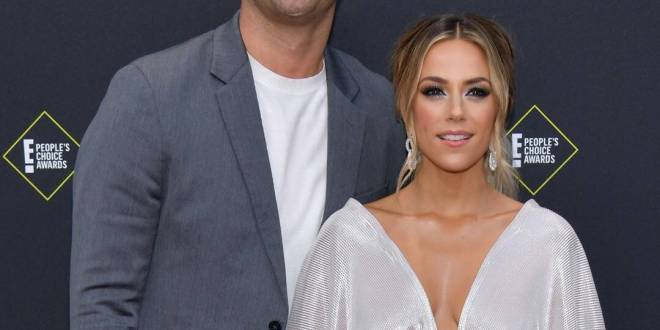 Jana Kramer Reveals How Shes Coping With New Normal Amid