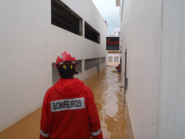 Overstromingen Algarve | Saudades de Portugal