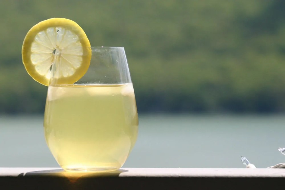 suco de limão e óleo de coco