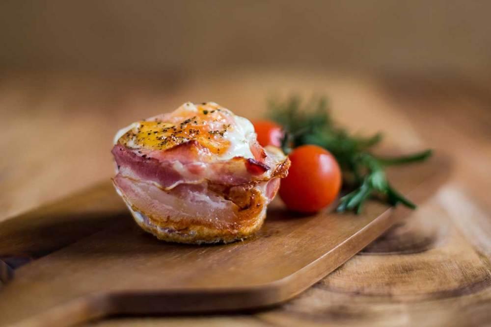 cestinho de ovo e bacon