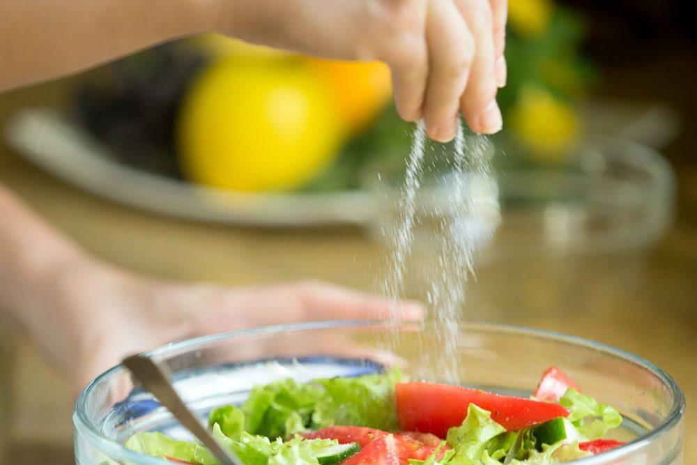 cortar o consumo de sal
