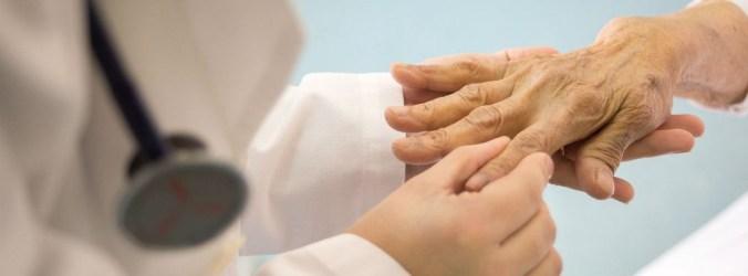 Há 16 hospitais sem reumatologia. SPR acusa Governo de falta de planeamento