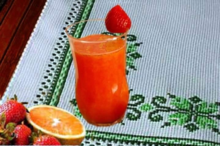 Suco de Laranja com Morangos