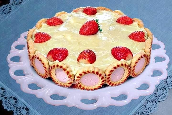 Torta Gelada de Morangos