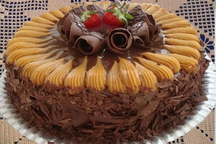 Torta com Doce de Leite e Chocolate