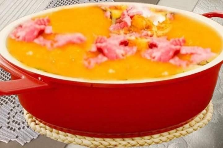 Sopa com abóbora e cenoura