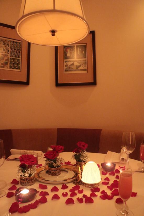 مطعم ارومي