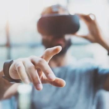 Halo VR AR الواقع المعزز الواقع المختلط الواقع الافتراضي