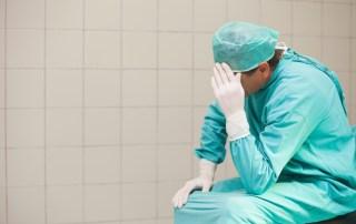 طالبة طب ومرض الاكتئاب