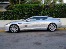 2014-Aston-Martin-Rapide-Saloon-03[4]