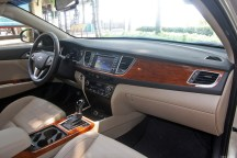 Hyundai-Mistra-Sedan-40[2]