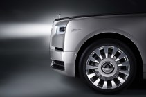 Rolls-Royce-Phantom-21